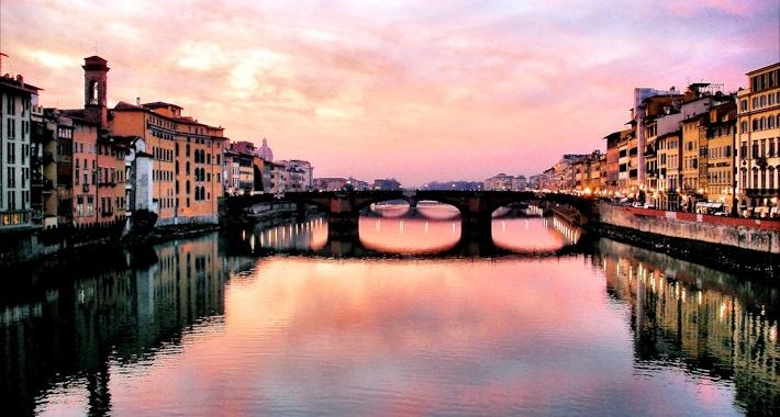 Ponte Vecchio al tramonto - Firenze
