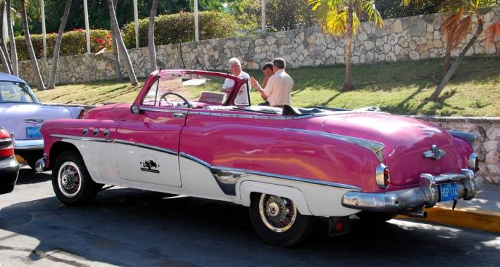 Macchina a noleggio a Cuba