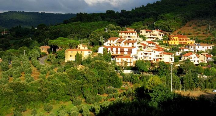 Vista del Castagneto Carducci