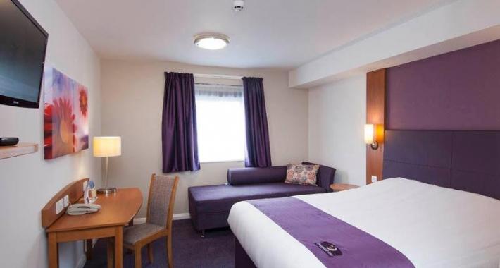 Premier Inn London Richmond Hotel
