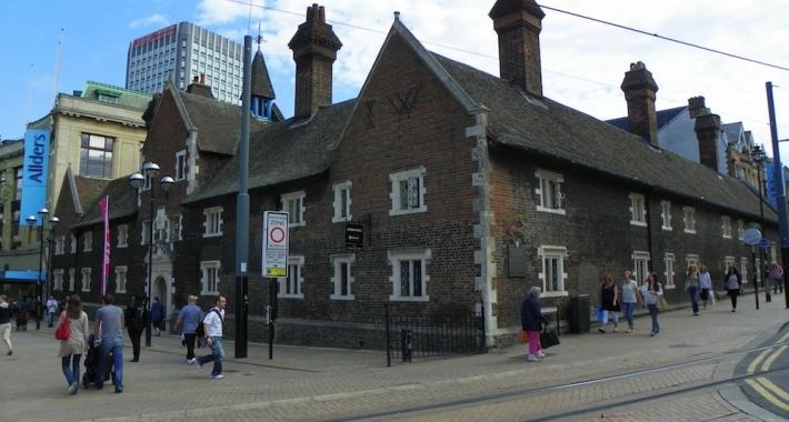Whitgift Almshouses, Croydon, Londra