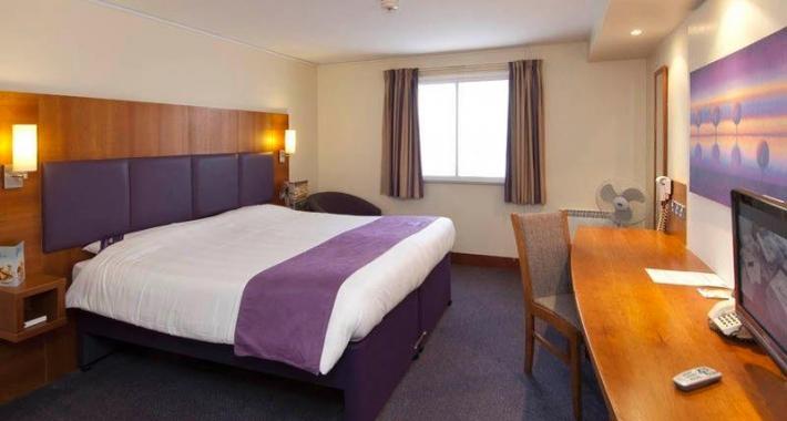 Premier Inn London Edgware Hotel