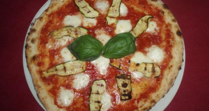 Pizza bufala e zucchine