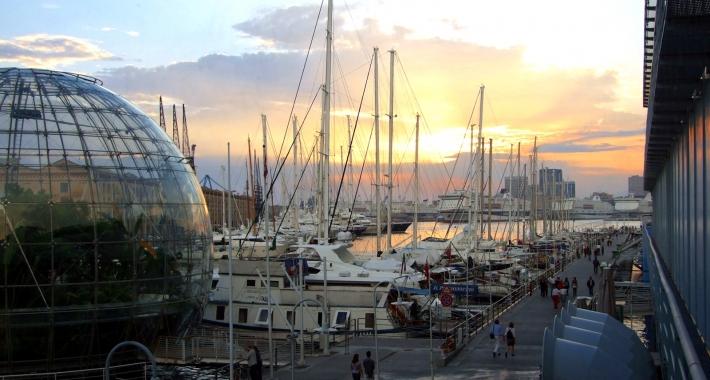 Il Porto e la Bolla di R.Piano visti dall'Acquario, Genova