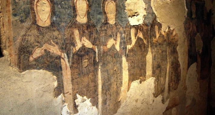 Affreschi interni al Monastero di Torba