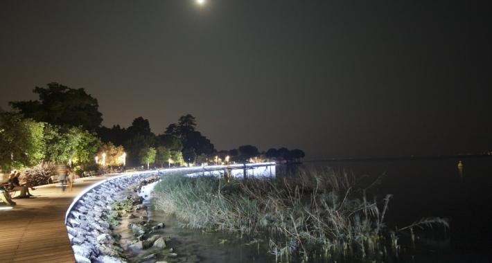 Passeggiata serale a Bardolino, Lago di Garda