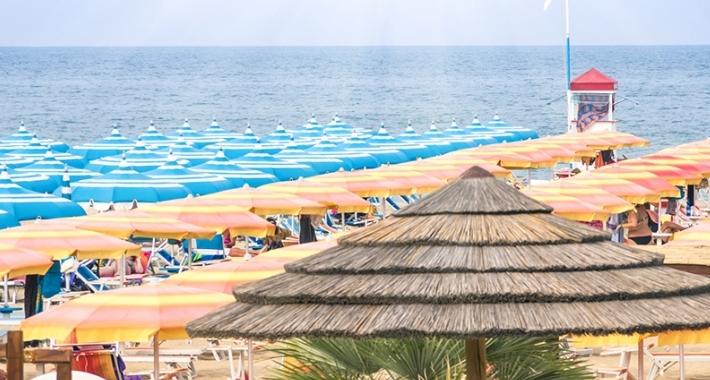 Stabilimento balneare della spiaggia di Rimini