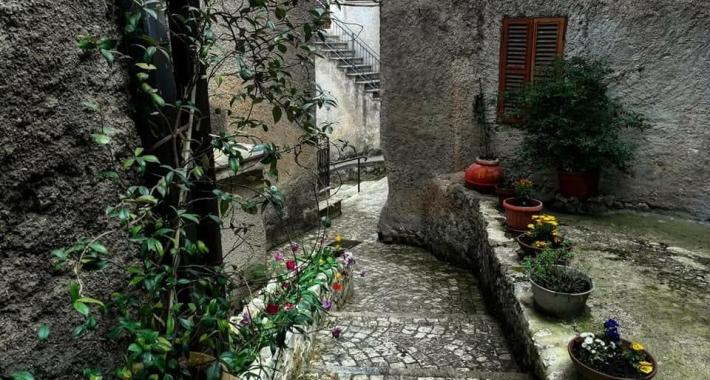 Rocca Massima
