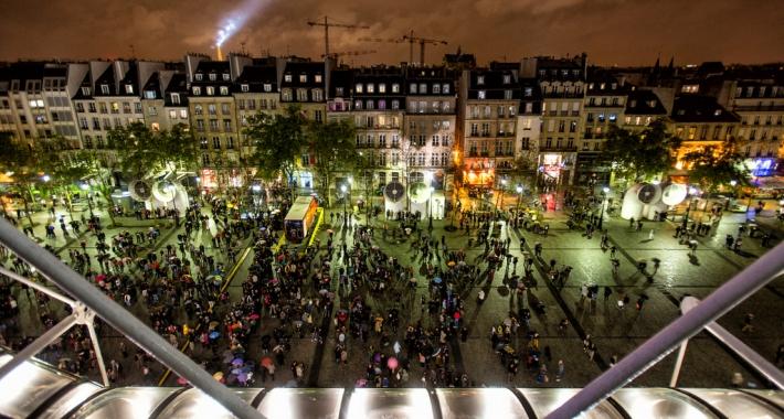 Parigi di notte vista dal Centre Pompidou
