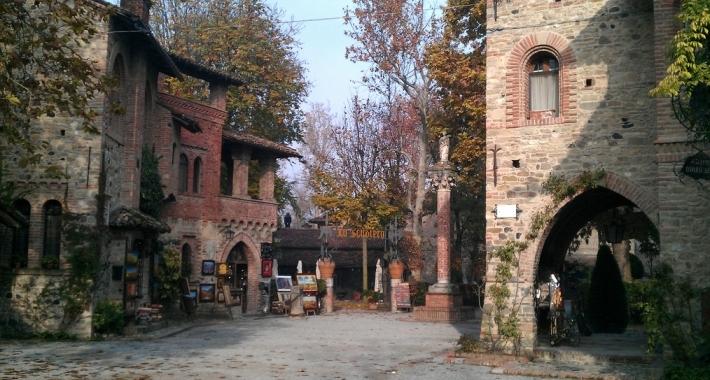 Grazzano Visconti - Borgo medievale