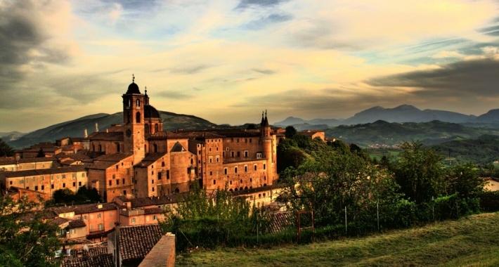 Tramonto ad Urbino